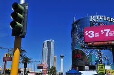 #LasVegas is also a #shopping mecca, especially with its large shopping centers (the Fashion Show Mall, for example, located on the Strip). © Gil Giuglio