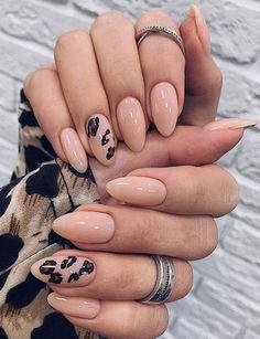 Classy Nails, Stylish Nails, Trendy Nails, Nail Manicure, Gel Nails, Nail Polish, Coffin Nails, Almond Acrylic Nails, Cute Acrylic Nails