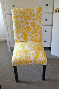 One Joyful Housewife: Reupholstering parsons chairs