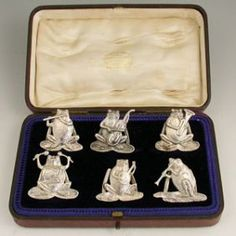 Cased Set 6 Victorian Cast Silver 'Frog Band ' Menu