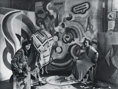 Sonia Delaunay and two friends in Robert Delaunay's studio, rue des Grands-Augustins, Paris 1924. Bibliothèque nationale de France, Paris. Courtesy of Tate Modern.