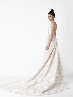 Diseños de novia minimal.