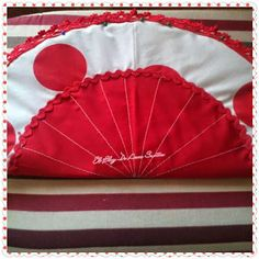 Un bolso muy Flamenco - I like to sew Hand Fan, Polka Dots, Africa, Christmas Tree, Sewing, Holiday Decor, Home Decor, Couture, Blog