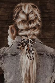 hairstyles updo easy casual * hairstyles updo easy - hairstyles updo easy casual - hairstyles updo easy lazy girl - hairstyles updo easy pony tails - hairstyles updo easy step by step - hairstyles updo easy formal - hairstyles updo easy casual pony tails Scarf Hairstyles, Pretty Hairstyles, Braided Hairstyles, Simple Hairstyles, Winter Hairstyles, Vintage Hairstyles, Cute Lazy Hairstyles, Boho Hairstyles For Long Hair, Wedding Hairstyles