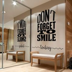 Don't Forget to Smile Today Wall Decal, Lettering Wall Sticker, Removable Vinyl Sticker, Home Wall Art, Smile Decor - Studentenwerk Clinic Interior Design, Clinic Design, Healthcare Design, Design Clinique, Dental Office Decor, Dental Offices, Office Fun, Dental Office Design, Design Offices