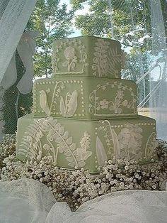 white pattern green cake