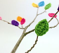 Crocheted Leaves - for the Naked Branch by Tara Murray This pattern is available for free.