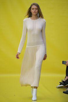 0c9795b85f0076 Dalood Tbilisi Spring 2019 Collection - Vogue Maxi Kleider, Kleidung,  Strickmode, Stricken Mode