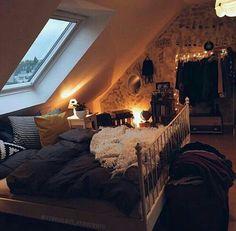 Dark cozy bedroom, fall room decor, home decor, hygge house, cosy apartment Cosy Bedroom, Cozy Room, Bedroom Decor, Bedroom Ideas, Bedroom Inspiration Cozy, Fall Room Decor, Bedroom Rustic, Bedroom Vintage, Bedroom Themes