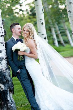 Photography: Brinton Studios - brintonstudios.com  Read More: http://www.stylemepretty.com/2015/05/05/elegant-summer-bachelor-gulch-wedding/