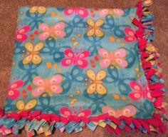 Children's Butterfly Fleece Blanket (Blue and pink)
