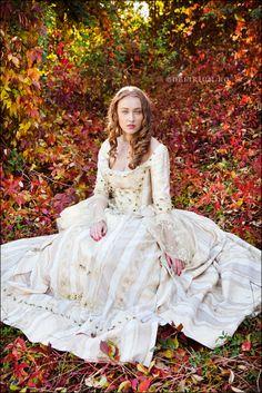 Autumn fairytales II by ~WildRainOfIceAndFire on deviantART http://wildrainoficeandfire.deviantart.com/