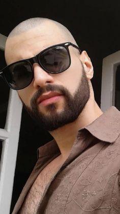 Bald Head With Beard, Bald Men With Beards, Great Beards, Awesome Beards, Long Beard Styles, Hair And Beard Styles, Bald Men Style, Bald Look, Beard Haircut