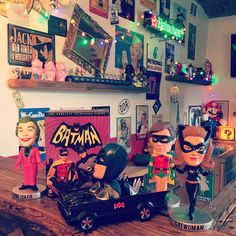 Batmaaan ...oldies but Goldie's 😁 #batman #robin #series #serienjunkie #catwoman #joker #bobblehead #car #fun #funny #favorite #loveit #artgallery #artmaja #artist #playground #nerd #geek #picture #picoftheday #pictureoftheday #collector #batmobile #adamwest #adamwestbatman #thebat #bat #cat #movie