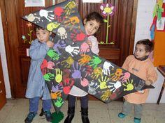 """DUENDES JUGUETONES"": CELEBRAMOS EL DÍA DE LA PAZ Dodged A Bullet, Crafts For Kids, Arts And Crafts, Art Corner, Art Activities, Peace, Children, Collection, Infant Activities"