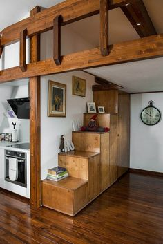 schody zaroven obyvackova stena inak cely barak pasradny The Soleta zeroEnergy One, a small sustainable house Small Cottage Interiors, Gambrel Roof, Tiny House Movement, House Stairs, Little Houses, Tiny Houses, Tiny Cottages, Eco Friendly House, Small House Design