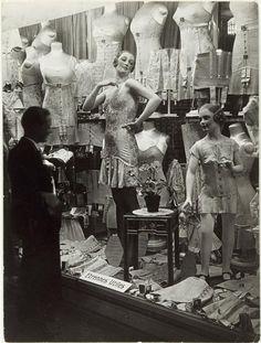 Paris shop window, 1920