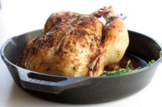Perfect one hour whole roasted chicken recipe. Simple, easy, delicious, and juicy chicken recipe that requires no trussing! Whole Roast Chicken Recipe, Perfect Roast Chicken, Whole Roasted Chicken, Roast Chicken Recipes, Stuffed Whole Chicken, Baked Chicken, My Favorite Food, Favorite Recipes, Quick Meals