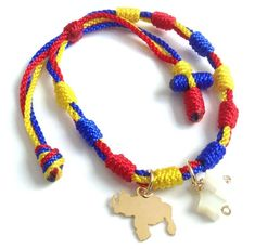 Venezuela JewelryBring our beautiful country VENEZUELA always in your arm with this simple adjustable and minimalist mini rosary 4 thread yellow, blue and red, the colors of our flag. Jet Stone, Star Tattoos, Star Pendant, Glass Beads, Beaded Necklace, Pendants, Bracelets, Etsy, Jewelry