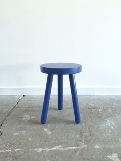 One of four little stools Brush Factory custom made for the Cincinnati Art Museum's learning center. 2016
