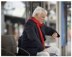 На Kickstarter проходит кампания по сбору средств на запуск устройства по наблюдению и помощи пожилым людям Kanega. Устройство представляет собой часы классического дизайна, которые напомнят о необ...