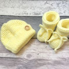 Excited to share the latest addition to my #etsy shop: Handknitted Baby Set Lemon Baby Girl Boy Hat Booties 0-3 Months Hand Knitted Baby Shower Handmade #03months #hat #baby #babybooties #babygiftideas #babyhat #baby03months Knitted Baby, Baby Knitting, Baby Set, Baby Booties, 3 Months, Baby Gifts, Lemon, Wraps, Crochet Hats
