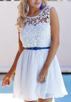Lace Insert Open Back Pleated Dress