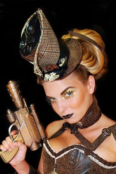 Love the steampunk hat!