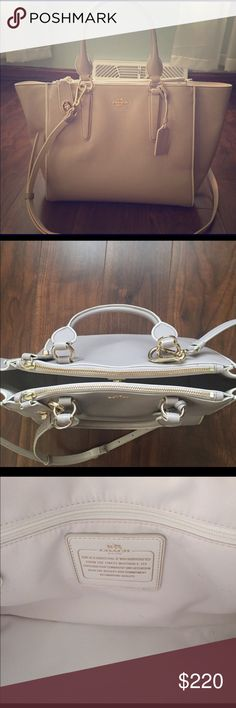 Coach Colorblock Crosby Bag. Gray/white NWOT Height: 9½ Inches Length: 11 Inches Depth: 6½ Inches Shoulder Strap: 21 Inches Handle: 6½ Inches  IMPERFECTIONS: -light scuffs on exterior front, side trims. Clean interior lining.  100% Authentic - Great Condition! – Item has minimal imperfections. Beautiful item overall, some light scuffs on exterior. Still at a great bargain price! NO TRADES AND NO ️️!! Use offer button. Please do not discuss pricing in the comments section. Thanks everyone…