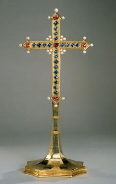 Oath Cross of the Order of the Golden Fleece | | to 1400 (cross), 1453/67 (stand)
