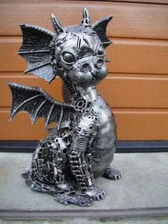 steampunk baby dragon statue... I want it! ❤❤❤