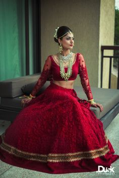 The latest collection of Bridal Lehenga designs online on Happyshappy! Find over 2000 Indian bridal lehengas and save your favourite once. Indian Bridal Lehenga, Indian Bridal Wear, Indian Wedding Outfits, Bridal Outfits, Indian Outfits, Bridal Dresses, Lehenga Wedding, Bridal Lehnga Red, Red Outfits