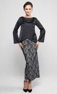 Dahlia Kurung Set in Black and White