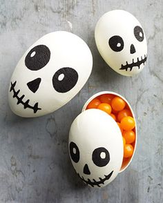Skull-painted eggs!