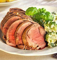 REINSDYR SURSTEK MED SENNEPSKREMET ROSENKÅL Pork, Kale Stir Fry, Pork Chops
