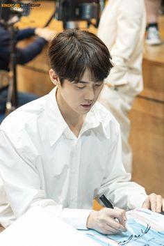 Yoo Yeon Seok, Film Awards, Kdrama, Romantic, Actors, Faces, Posts, Flower, Instagram