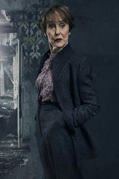 Season4 she looks so fierce! !! Am I right or what?