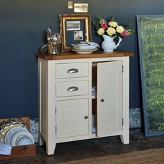 Cheltenham Cream Painted Mini Sideboard with Free Delivery Small Sideboard, Wood Sideboard, Painted Buffet, Modern Country Style, Cream Paint, Country Kitchen, Country Living, Vintage Plates, Oak Cabinets