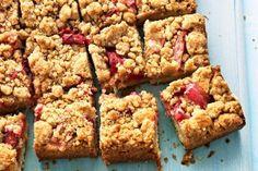 Martha's rhubarb crumb bars