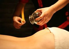 Visit our Acupuncture centers in Delhi and Mumbai. Dr Lohiya is one of the most famous acupuncturists in India. Acupuncture helps in treatment of incurable disorders. Call 9922571571 for more details. Massage Relaxant, Cupping Massage, Acupressure Massage, Acupressure Treatment, Massage Tips, Good Massage, Reflexology, Cupping Therapy, Physical Therapy