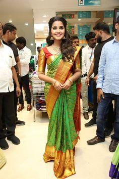 Anupama Parameswaran launches Festival Sale at Anutex Shopping Mall