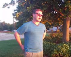 Colorblind Man Uses Special Sunglasses to See a Sunset for the First Time