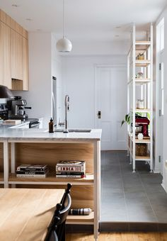 idea's for kitchen storage in front of low window - desire to inspire - desiretoinspire.net