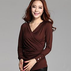 M&V Solid Color Fitted V Neck Bottoming T Shirt(Coffee) – USD $ 16.99