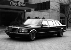 Mercedes Benz Stretch Limousine by Styling Garage Merc Benz, Benz S, Mercedes W126, Singer Vehicle Design, Limo, Modern Classic, Super Cars, Automobile, Vehicles