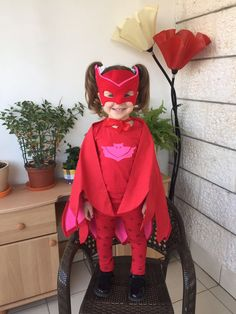 Owlette wings Inspired by PJ Masks Super Heroes costume. Toddler Halloween Costumes, Diy Costumes, Pj Mask Disfraz, T Shirt Cape, Super Hero Costumes, Color Shades, Girl Birthday, Harajuku, Dress Up
