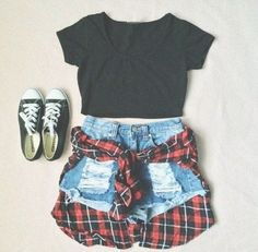LOVE Great summer outfit. 90s. Fashion. Grunge. Hipster. Crop Top. High waisted shorts. Canvas shoes. Flannel top.