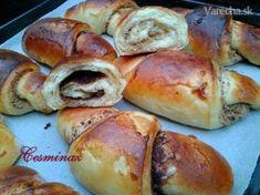 Ľahučké sladké rožky (fotorecept) - Recept Pretzel Bites, Bread, Food, Party, Basket, Brot, Essen, Parties, Baking