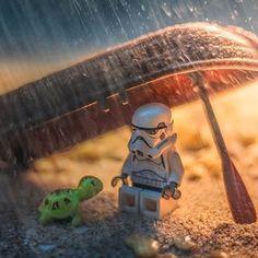 Weathering the storm(trooper) Star Wars Poster, Star Wars Art, Lego Star Wars, Star Trek, Miniature Photography, Lego Photography, Legos, Lego Humor, Foto Macro
