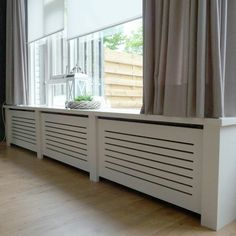 comment trouver le meilleur cache-radiateur castorama, Wall Radiators, Modern Classic Interior, Diy Furniture, Furniture Design, Central Heating Radiators, Radiator Cover, Interior Decorating, Interior Design, Kitchen Interior